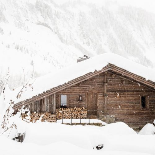 Chalet1864-exterieur-neige